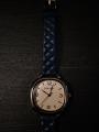Классические женские часы на кожаном ремне