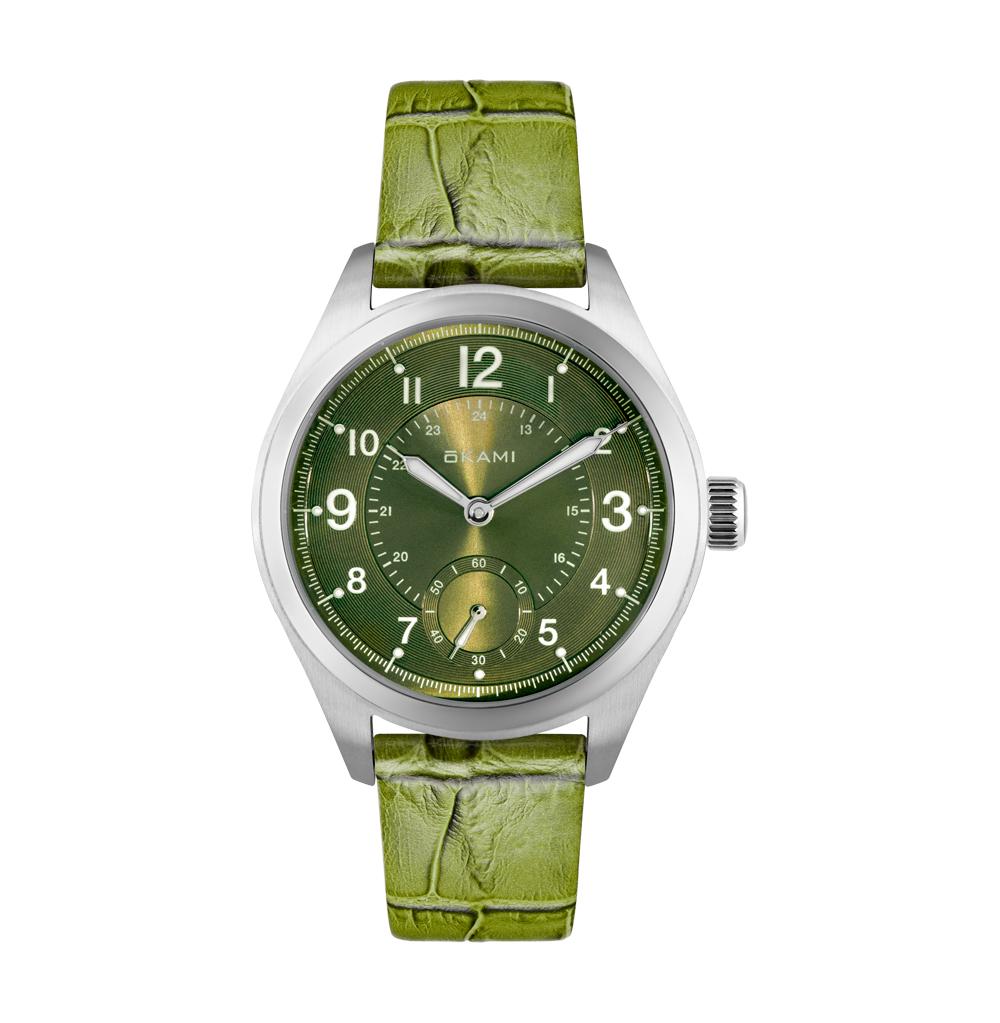 Женские часы на зеленом ремне из натуральной кожи в Санкт-Петербурге