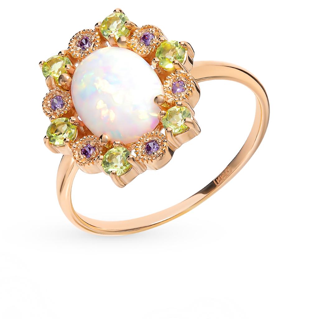 золотое кольцо с хризолитом, фианитами и опалами