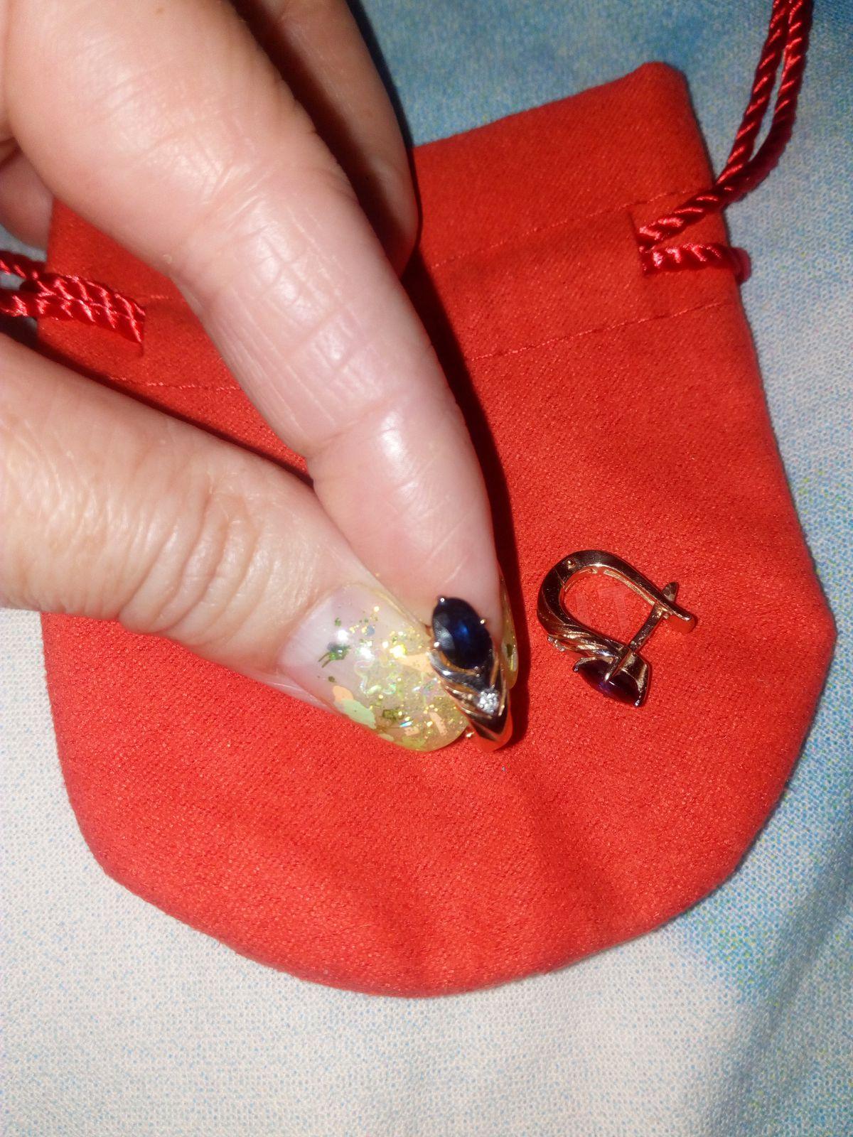 Серьги с натуральным сапфиром и бриллиантами