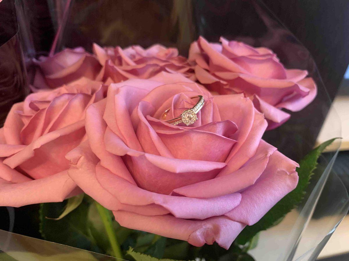 Шикарное кольцо для помолвки и подарка по любому поводу