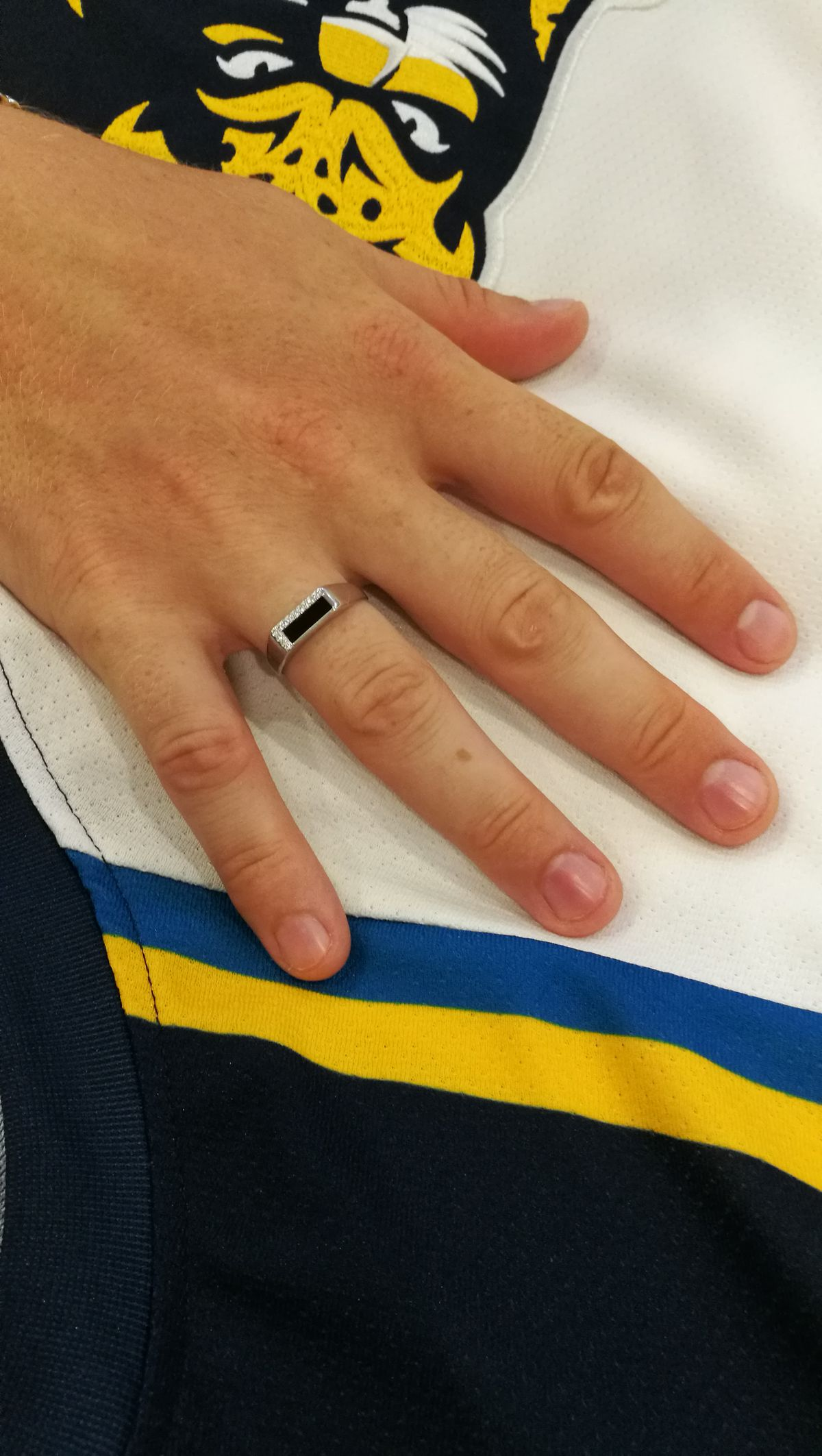 Кольцо серебряное мужское
