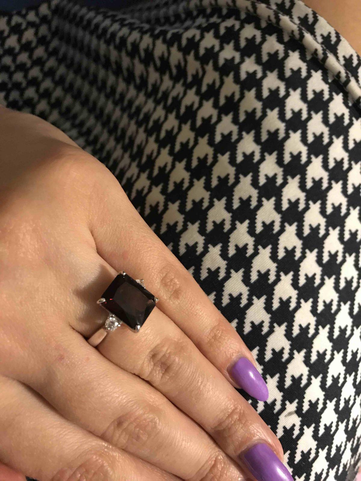 Отличное кольцо для любителей гранатов