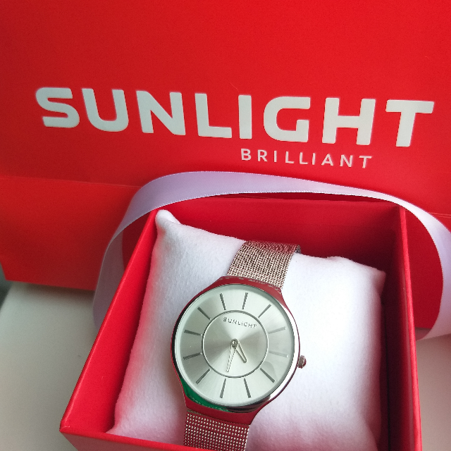 Часы Sunlight.