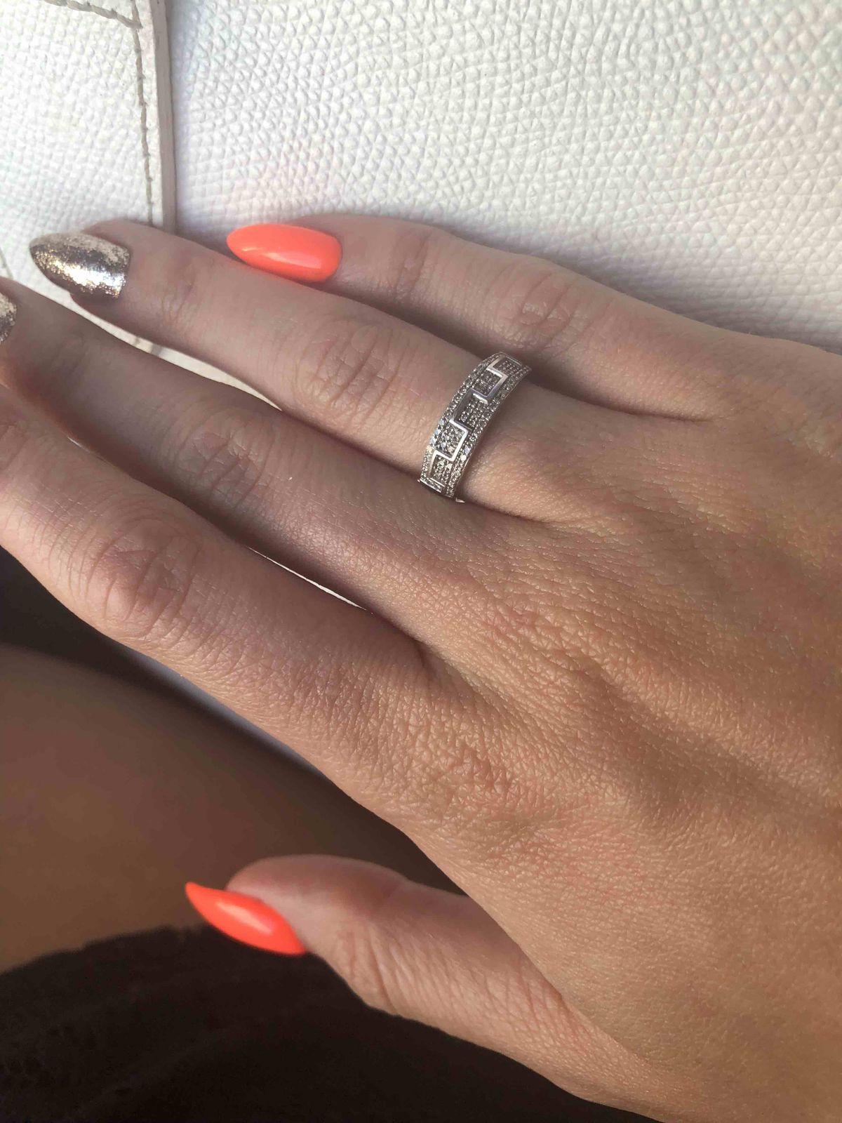 Очень акуратненькое кольцо
