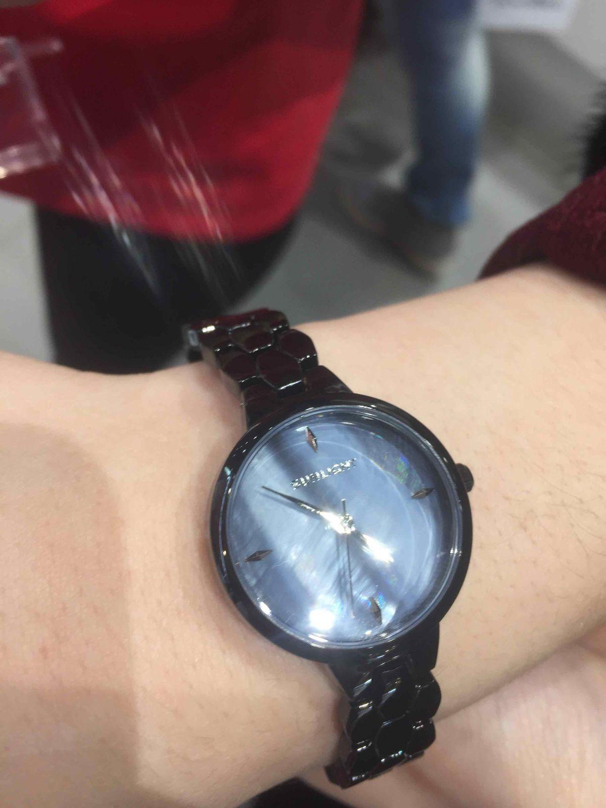 Очень оригинальные часы