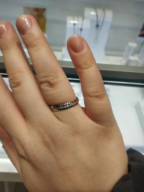 Милое обручальное кольцо