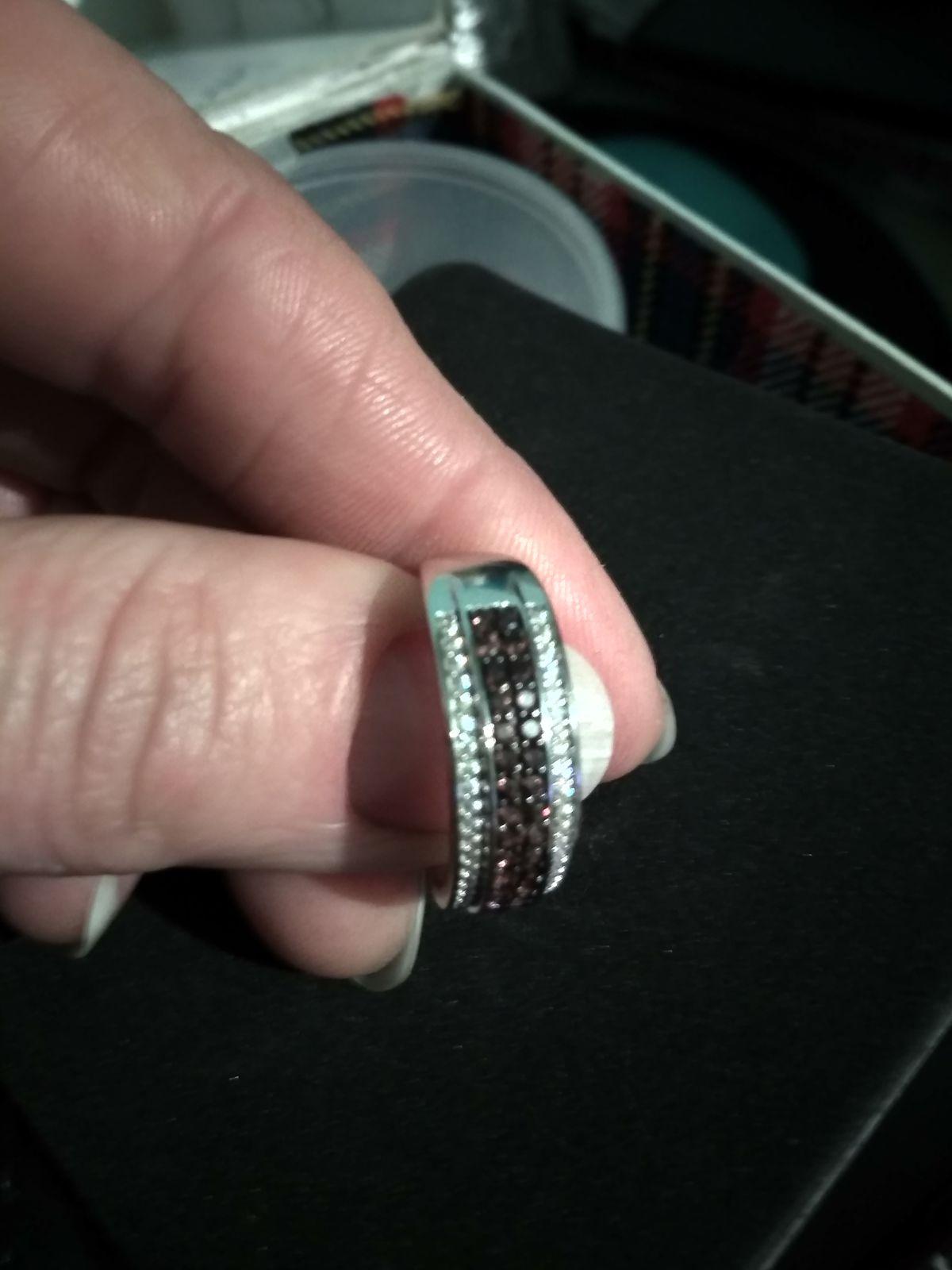 Отзыв на серебряное кольцо с коричневыми фианитами
