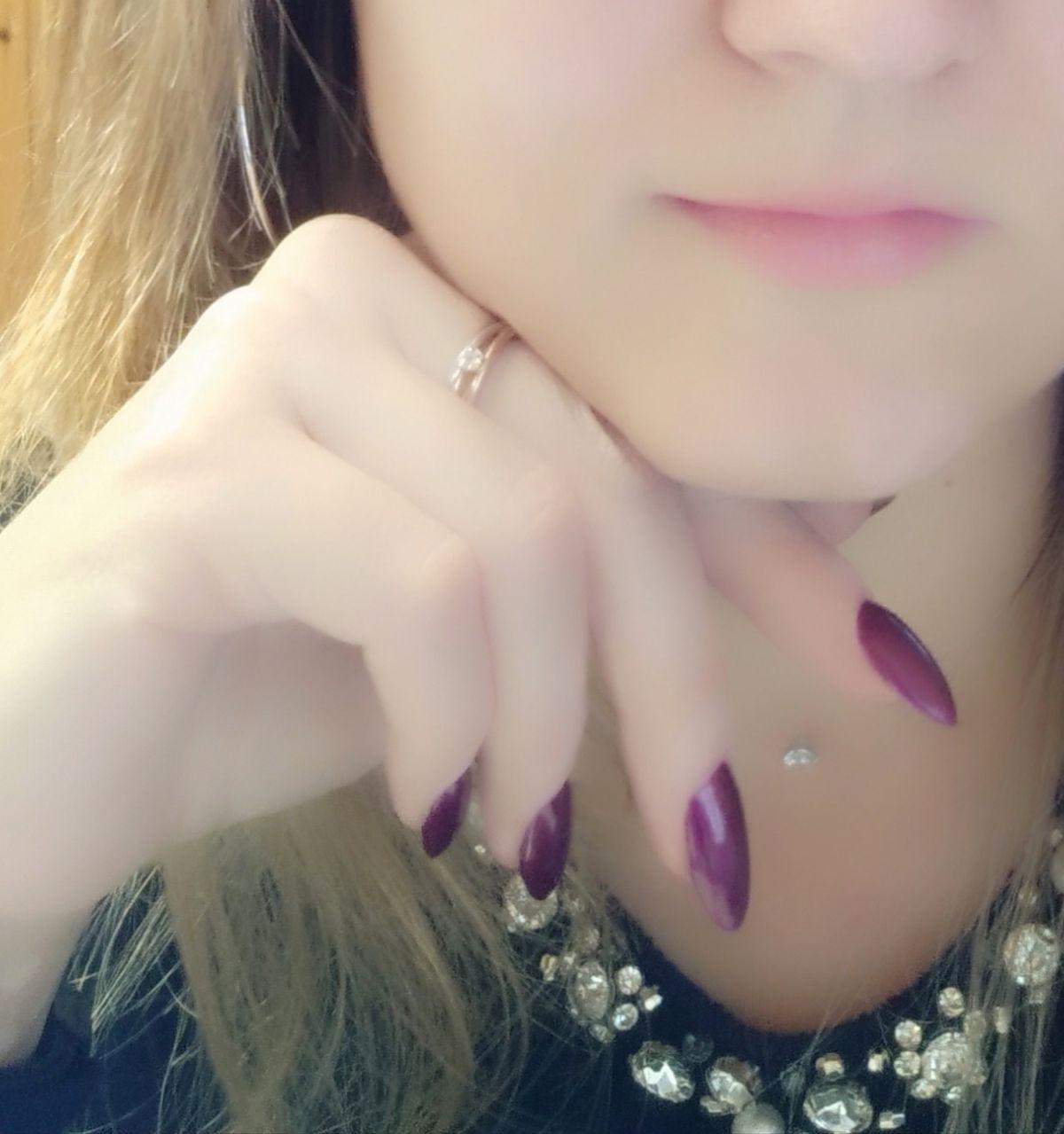 Изящное колечко с бриллиантами