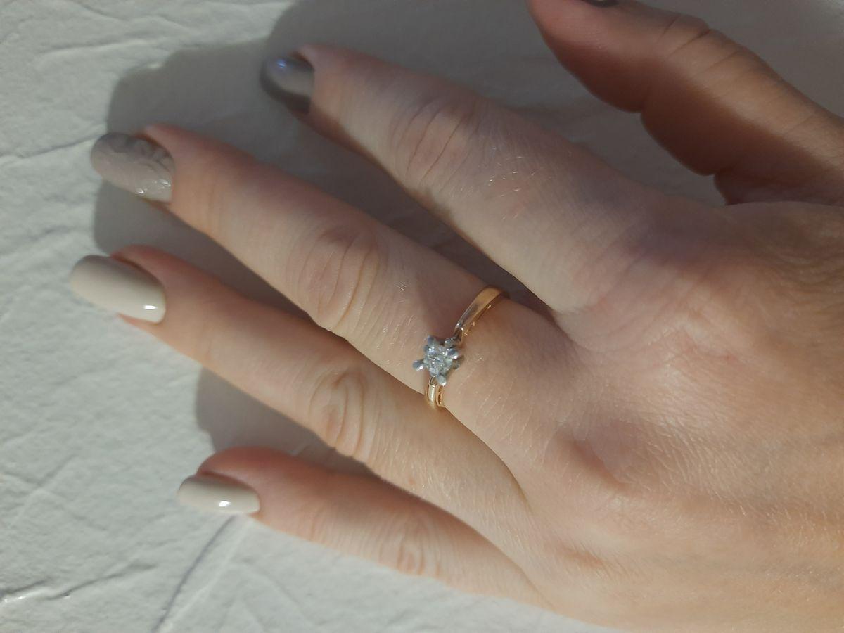 Великолепное кольцо с хорошей скидкой!