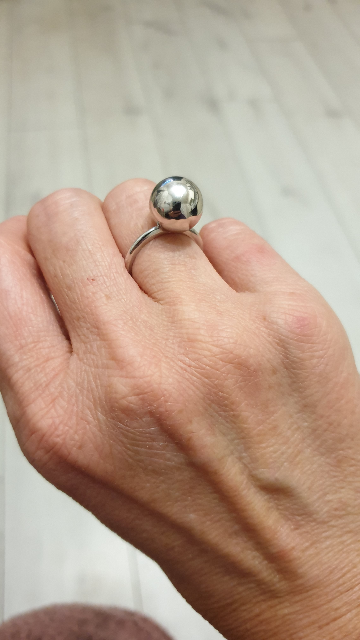 Шикарное серебряное кольцо !!!