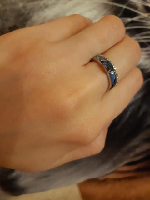Кольцо с топащами и эмалью