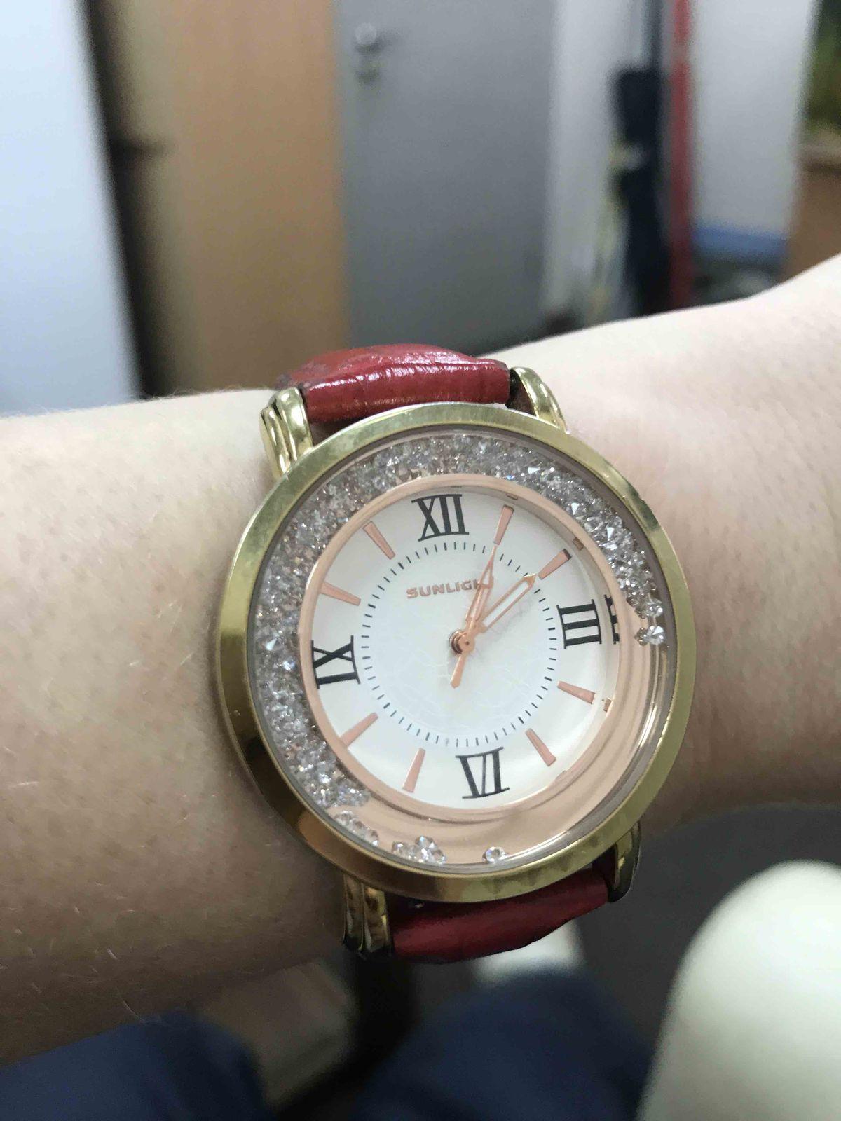 Покупала часы.