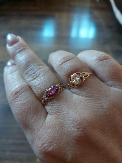 Золотое кольцо с рубином и бриллиантами.Нежное,сияющее,прекрасное, женствен