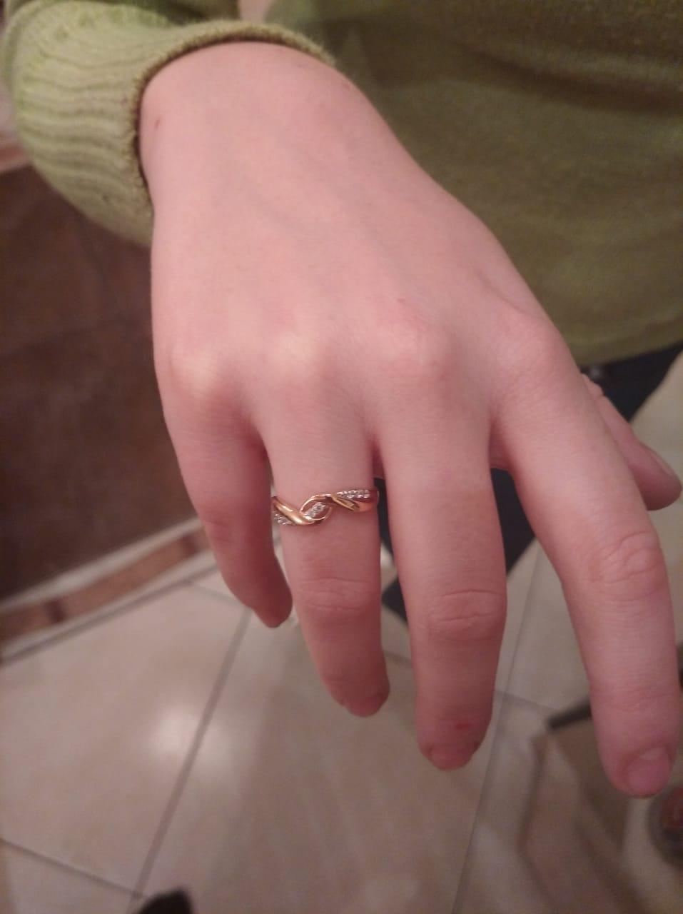 Отлично кольцо , все на высшем уровне!