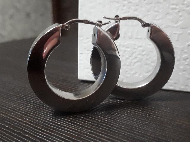 Объемные серебряные серьги