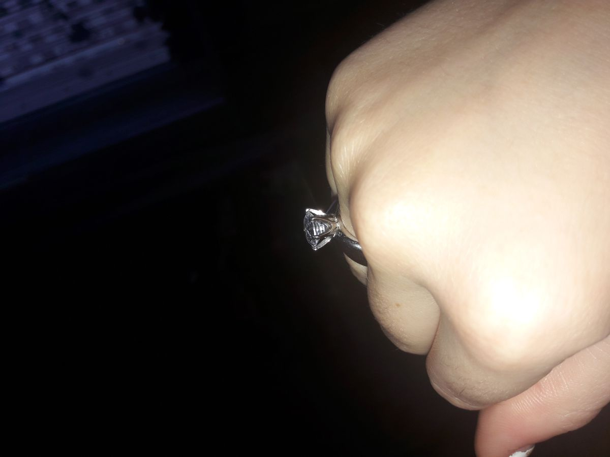 Кольцо классное! Смотрится дорого.