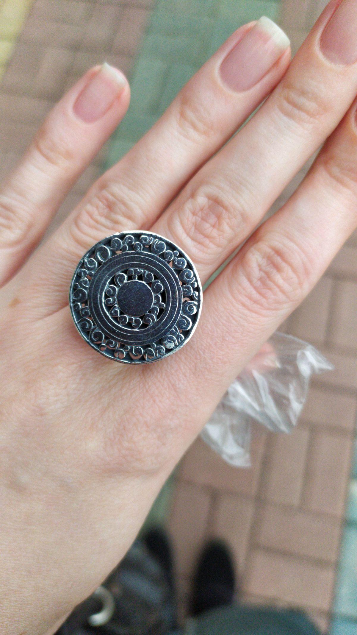 Очень стильное и необыкновенное кольцо