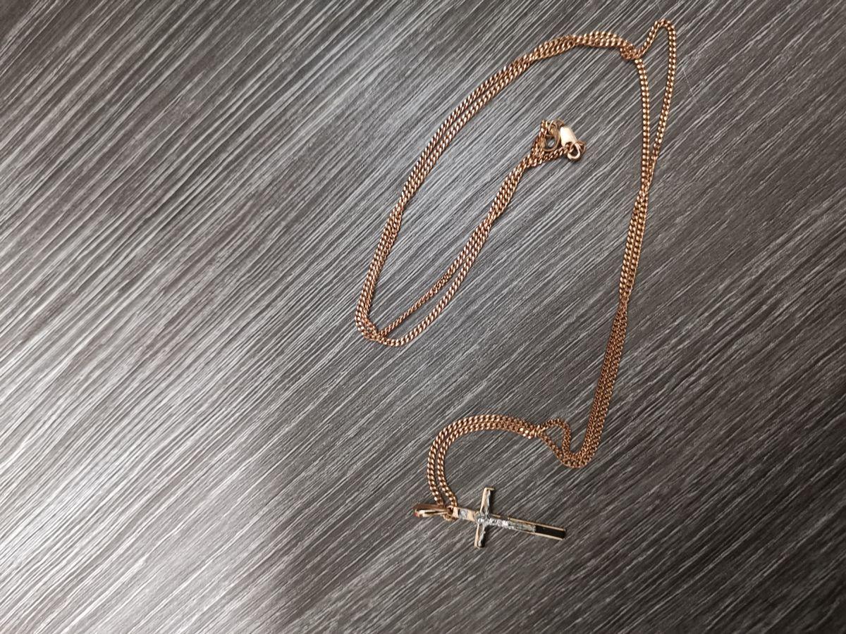 Крестик с бриллиантиком