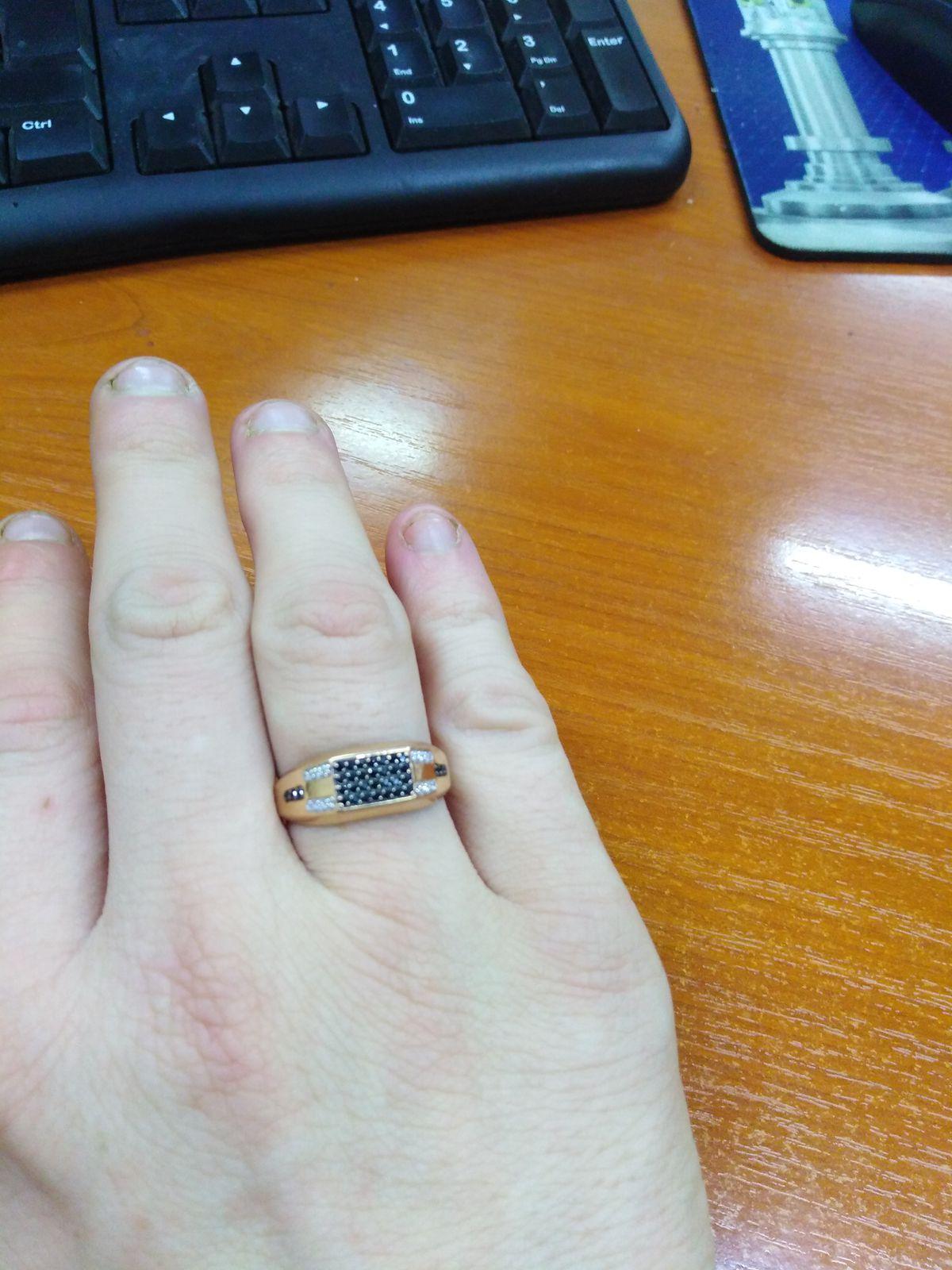 Прекрасное кольцо-печатка