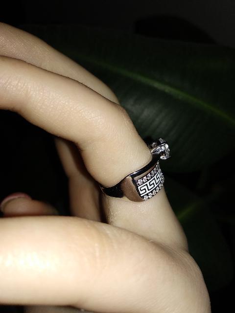 Покупала кольцо себе в подарок