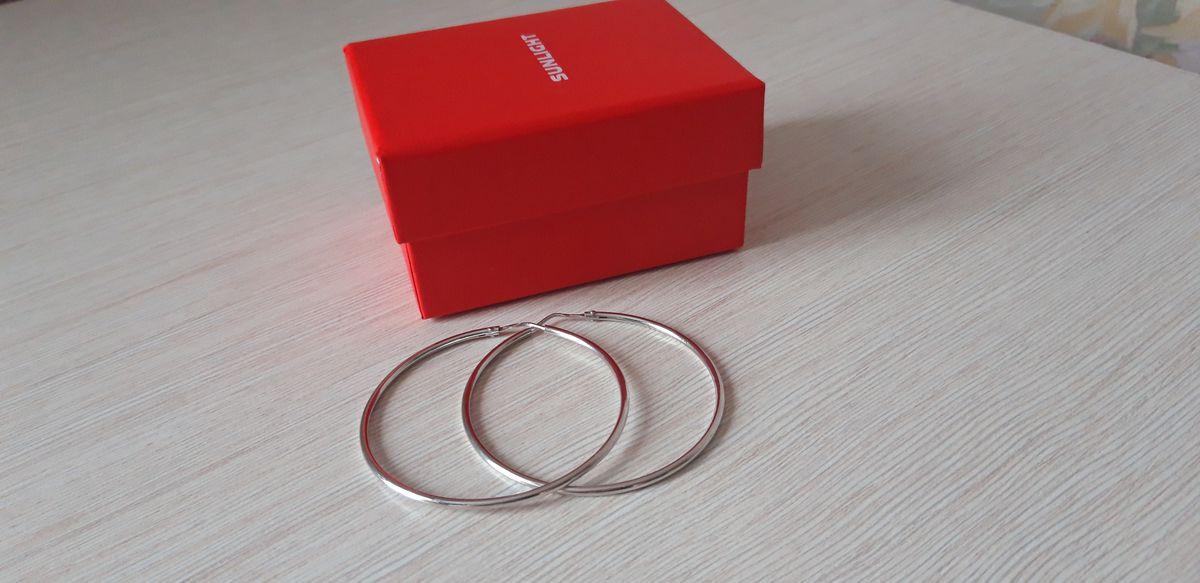 Серьги кольца- классика.