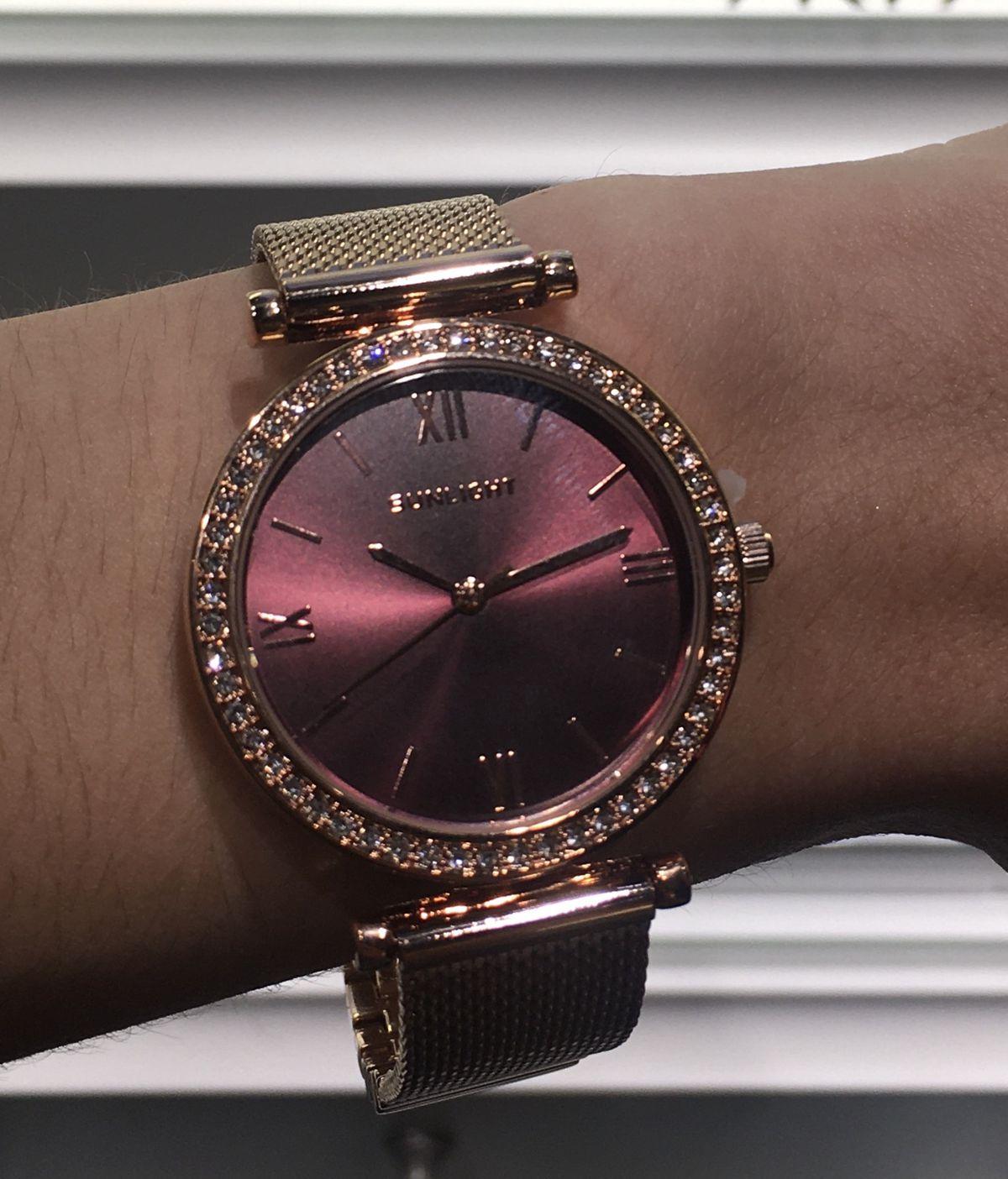 Купила себе на Новый Год женские часы