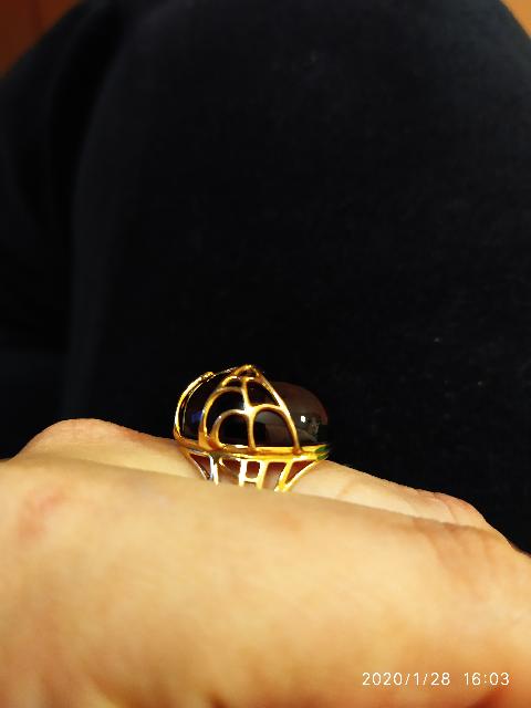 Серебряное кольцо позолоченные с большим кабашоном из натурального янтаря