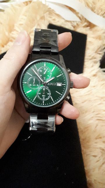 Супер часы!Мне они понравились,муж был доволен.Смотрится дорого и солидно.