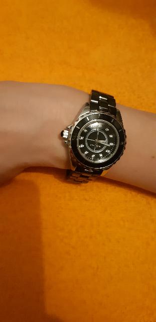Часы просто бомба)))