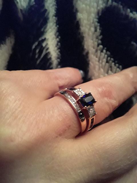 2 кольца с сапфирами