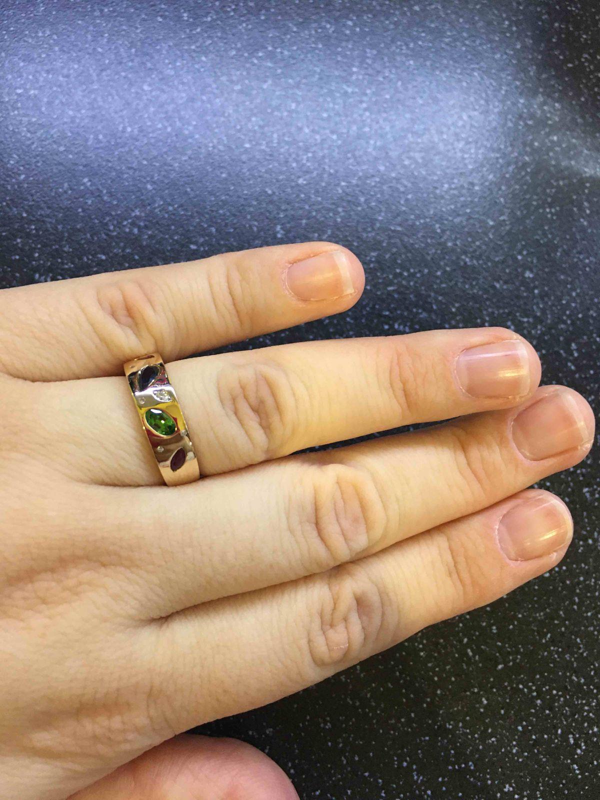 Волшебное драгоценное кольцо