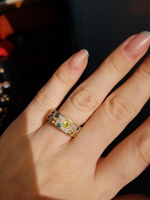 Кольцо с бриллиантами,изумрудами и хризолитом