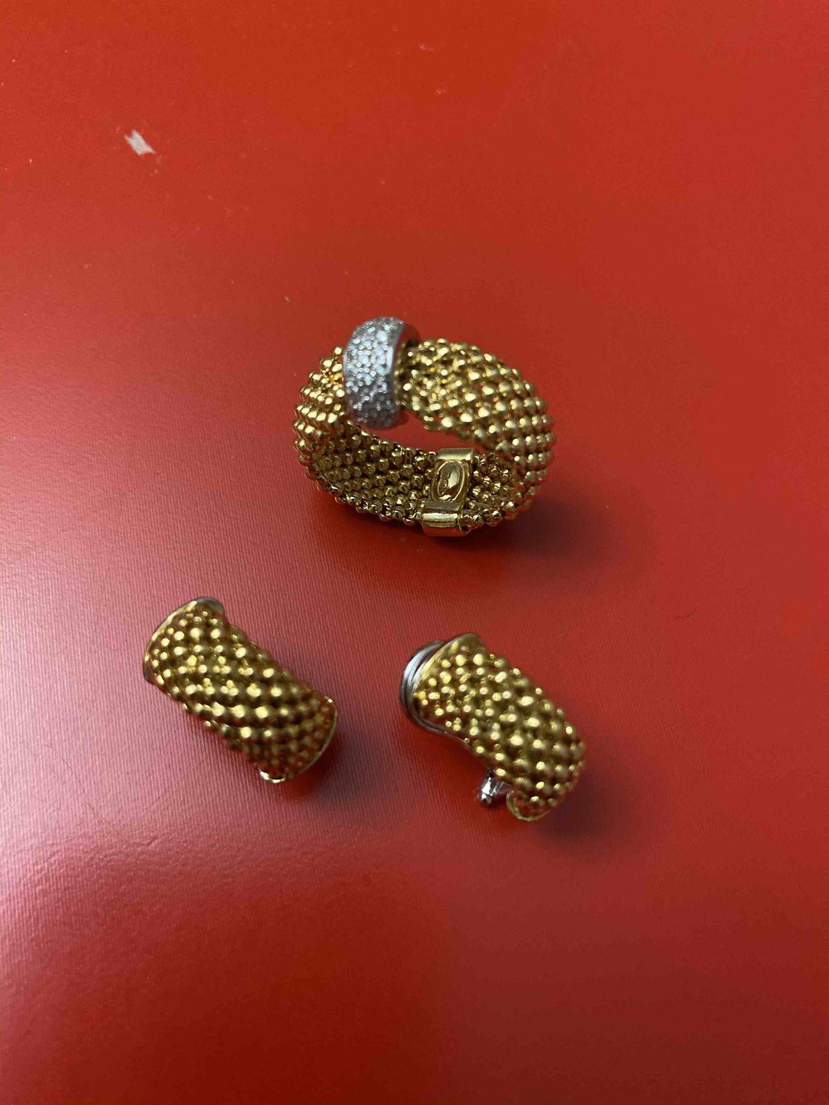 Серебрянное кольцо с фианитом