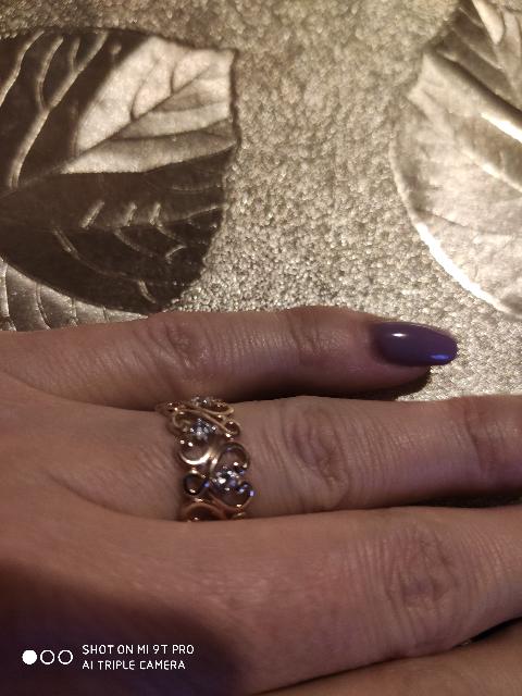 Сегодня зашли с мужем в магазин и выбрали мне подарок на 8 марта!