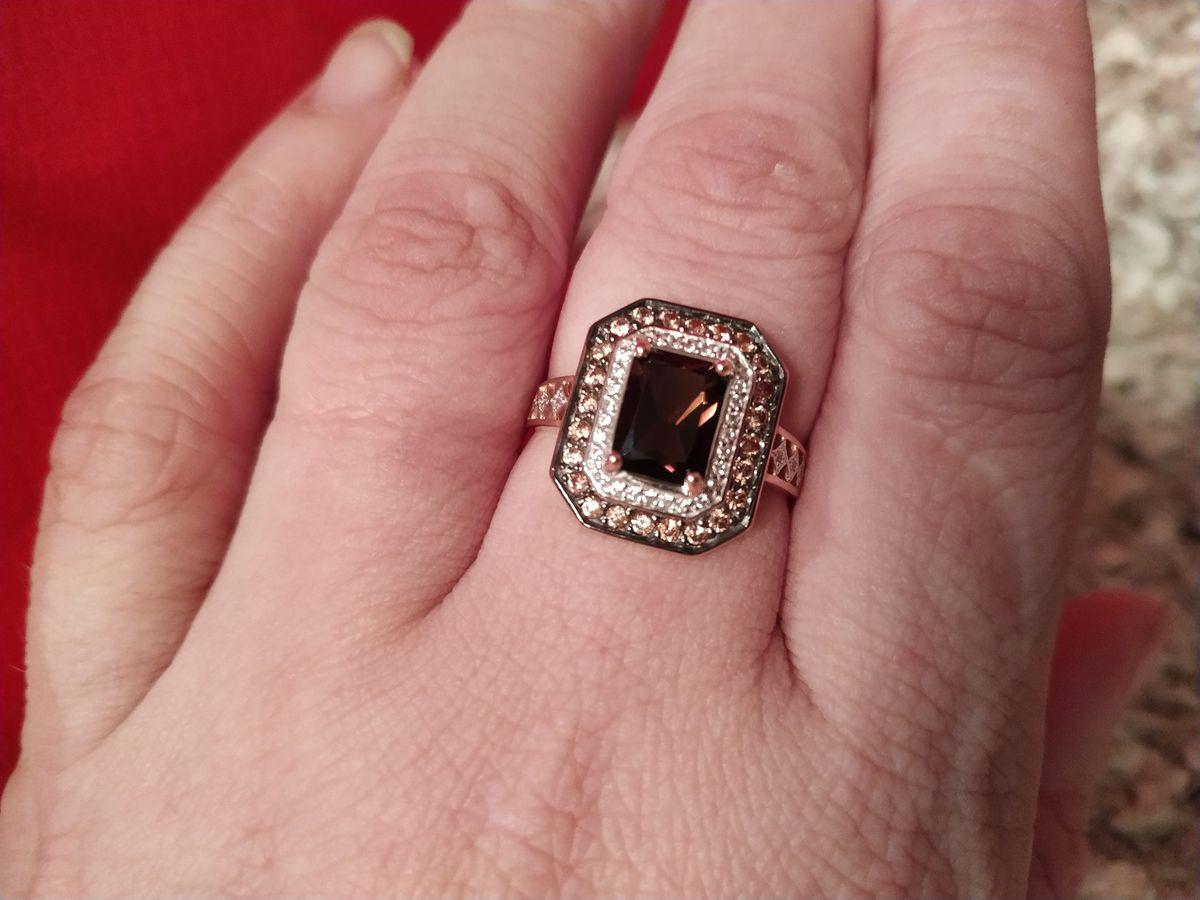 Очень притягательное кольцо