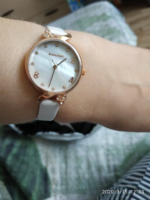 Часики в подарок.