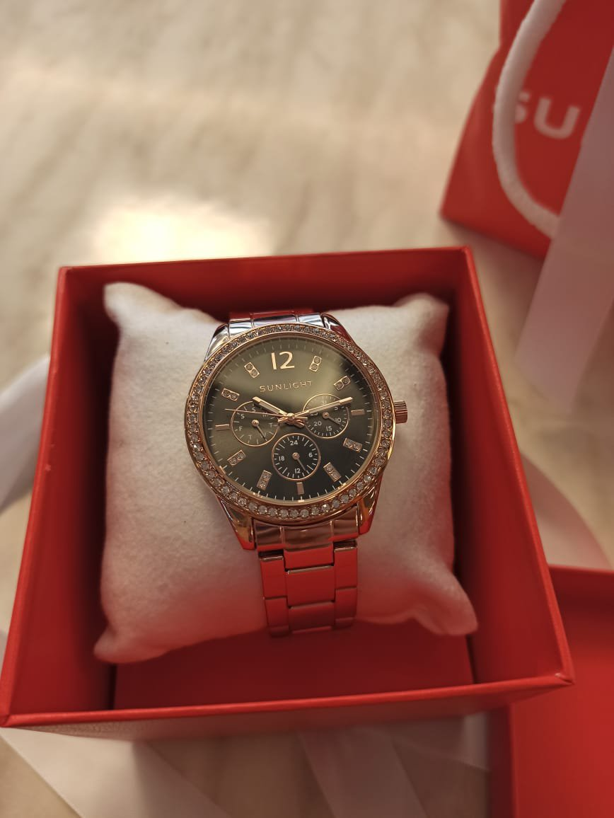 Покупала часы на др