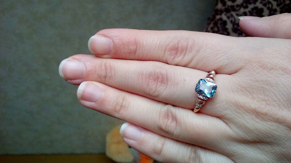 Серебряное кольцо с турмалином.