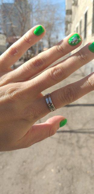 Красивое нежное удобное кольцо ношу с удовольствием)