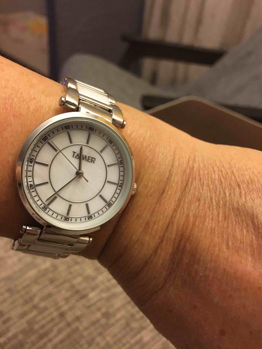 Часы очень красивые,стильные. я думаю летом будут очень актуальны.