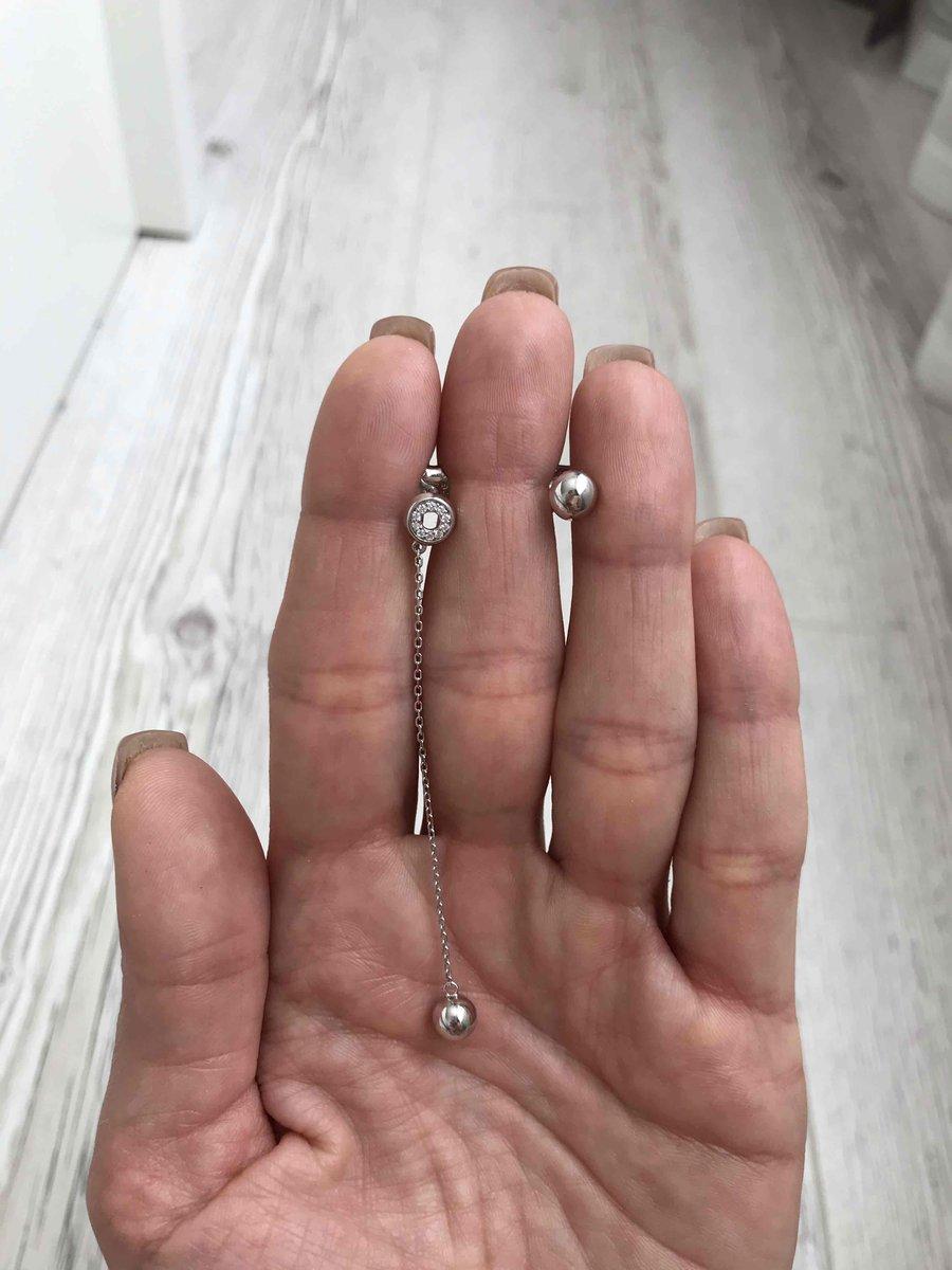Милые ассиметричные серьги.