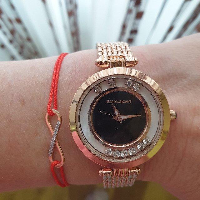 Часики супер👌легкие на руке смотрятся изящно,спасибо в очередной раз SL