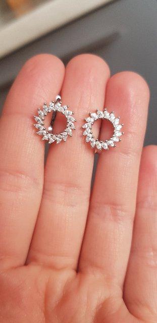 Мне безумно понравились эти чудесные серёжки, я влюбилась в них!