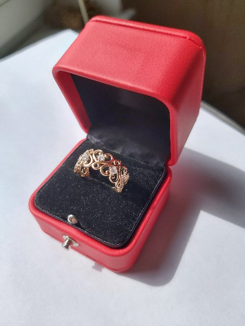 """Нежное кольцо """"8 сердечек"""""""