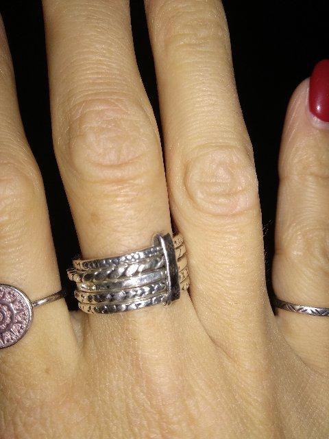 Кольцо для любителей украшений а ля этно