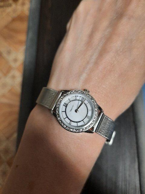 Часы наручные под серебро