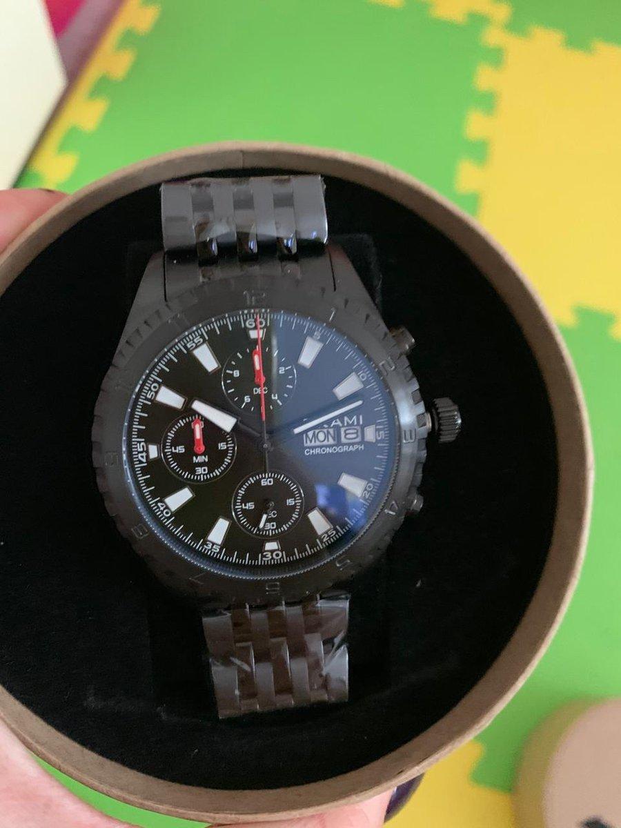 Красивые стильные мужские часы