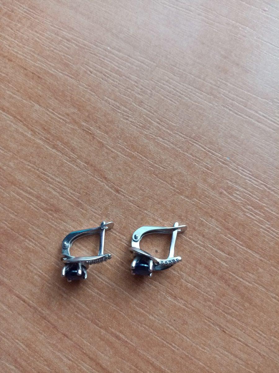 Серебряные серьги с сапфирами и фианитами