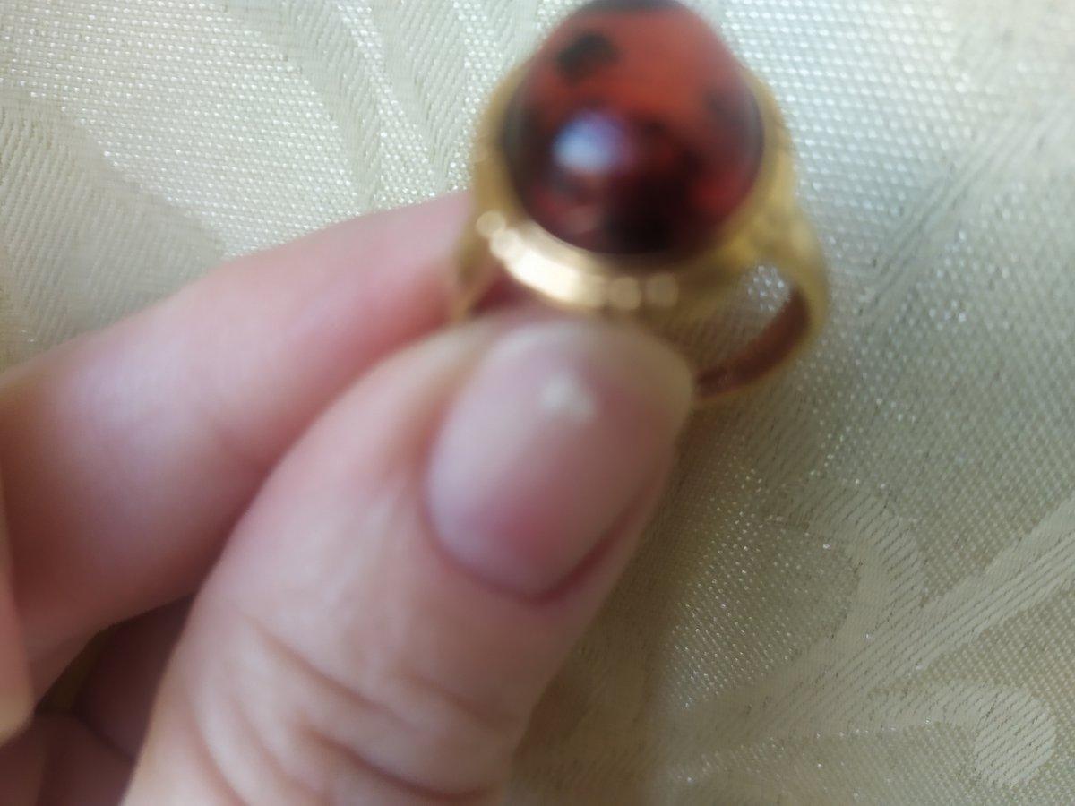 Кольцо,подошло изумительно,очень элегантное!!! классический вариант!!!чудо!